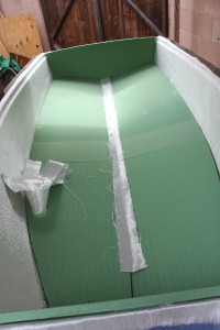 Fitting of bottom and transom foam